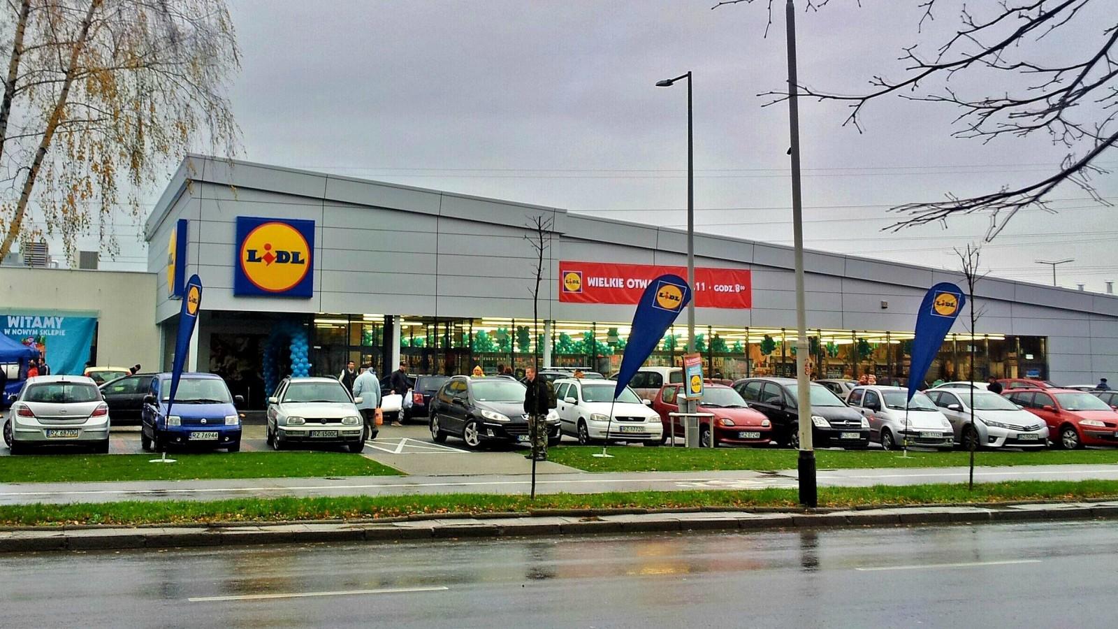 lidl uk Noutăți vezi pe surprizelidlro lidl se situează în topul magazinelor alimentare din românia activitatea noastră se bazează pe simplitate şi este orientată către client prețuri exprimate în lei cu.