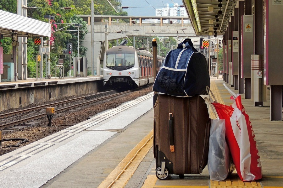 Вещи на вокзале картинки